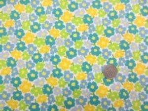コットンこばやし  ブロード リバティ風小花プリント ダークブルー 黄  エメグリーン ローングリーン