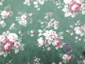 YUWA ジャガード グリーン地 少しモスがかったグリーン ピュアタッチ加工 小さな花柄の織柄にロココ調のプリント すごく肌触りのいい風合い