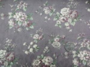 YUWA ジャガード パープルグレイ地 少しグレイがかったダークパープル ピュアタッチ加工 小さな花柄の織柄にロココ調のプリント すごく肌触りのいい風合い