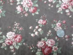YUWA ジャガード ブラウン地 ピュアタッチ加工 小さな花柄の織柄にロココ調のプリント すごく肌触りのいい風合い