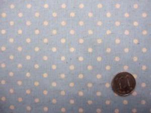 ナチュラル感のある綿麻ドットプリント 生成ドット/ブルー地 オックスくらいの厚さの生地 ドットの大きさ4mm