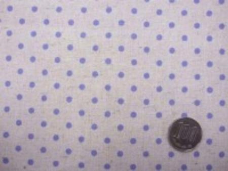 ナチュラル感のある綿麻ドットプリント パープルドット/生成地 オックスくらいの厚さの生地 ドットの大きさ4mm