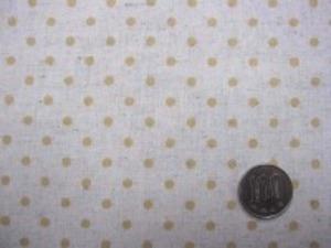 ナチュラル感のある綿麻ドットプリント マスタードイエロードット/生成地 少しベージュっぽい色あいです。 オックスくらいの厚さの生地 ドットの大きさ4mm