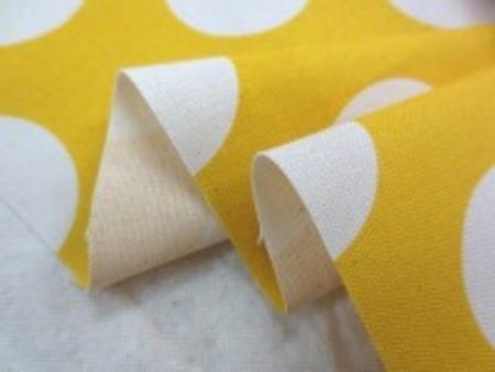 コットンオックスプリント 生成ドット/イエロー地 きれいな明るい黄色 ドットの大きさ 40mm