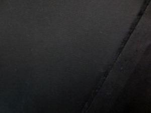 ツイルストレッチ  黒 ツイルより少し厚めですが、 柔らかくいい風合いです。