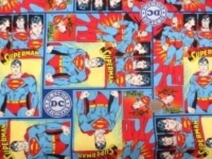 USA Camelot Fabricsの スーパーマンのプリントです。 あまりお目にかからないUSAコットン シーティングプリント