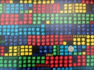 コットンこばやし綿麻キャンバスプリント カラフルな●と■の黒地の ビニールコーティング  ランダムな並びです。 赤  ブルー グリーン 紺  マスタードイエロー