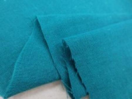 ダブルガーゼ  ダークエメ 少し青みがかったくらめのエメグリーン エアタンブラー ソフト加工で、 やわらかい、いい風合い