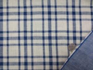 ダブルガーゼのインディゴチェック 柔らかい風合いの日本製 濃紺(インディゴ)/生成 チェックの大きさ 6.5cm 裏 ダンガリーのようなインディゴカラー