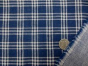 ダブルガーゼのインディゴチェック 柔らかい風合いの日本製 生成/濃紺(インディゴ) チェックの大きさ 3cm 裏 ダンガリーのようなインディゴカラー