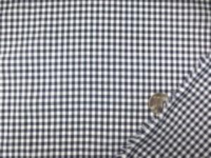 平織りのブロードくらいの ギンガムチェック 濃紺/白 チェックの大きさ 3mm