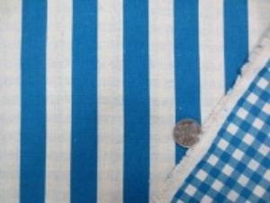 綿麻のリバーシブルプリントストライプ ターコイズブルー/生成 表面 2cm幅のストライプ 裏綿 6mmのギンガムチェック
