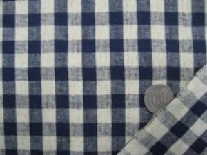 麻の混率の高い綿麻ギンガムチェック 何にでも使いやすい厚さ チェックの大きさ 10mm 濃紺/ベージュ(麻カラー)