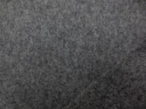 ウール ソフトメルトン 杢グレイ あまり厚くないメルトンで、 扱いやすい柔らかい風合いです。