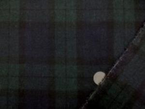 ウール エターミン タータンチェック 中肉で平織りの柔らかいウール ブラックウオッチ チェックの大きさ 10cm 柔らかい風合いです。