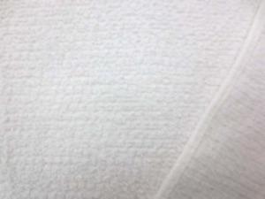 ごく普通のタオル地 白