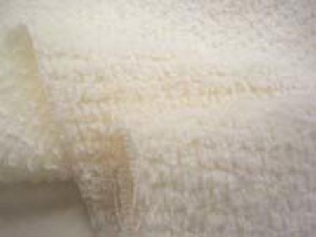 シャーリングタオル 生成 普通のタオルのループをカット ふわふわして肌ざわりいいです。