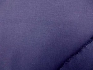 ネービー 綿麻キャンバス  名前はキャンバスですが、そんなに 厚くなくて、使いやすい厚さです。