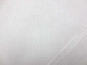 オフ白 綿麻キャンバス  名前はキャンバスですが、そんなに 厚くなくて、使いやすい厚さです。