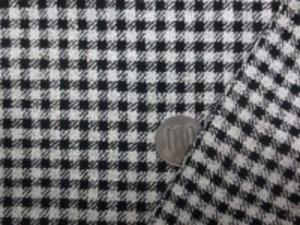 少し薄手のシルクウール チェック 黒/オフ白 チェックの大きさ 4mm