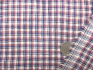 リネンチェック あかるめの紺 濃いピンク 白に 黒のラインの小さい」チェック チェックの大きさ 1cm