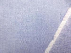 ボタンダウンのシャツなどに使われて いるオックスフォードのネイビーブルー