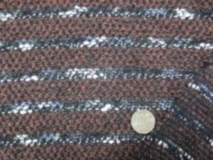 ウールモールニット ボーダー ザックリした編み方で、 少し透け感あります ブラウン部分の幅 2cm