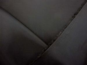 旭化成ベンベルグ 濃カーキグレイ カーキがかった濃いグレイ 標準の一番使いやすい平織り裏地。