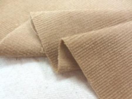 シャツコール ベージュ シャツなどに使われる薄手の極細畝の コール天です。 畝幅1mm