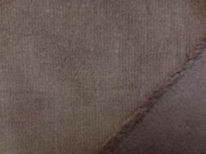 極細のコール天ストレッチ 濃ブラウン 極細畝ですがシャツコールよりは 厚い生地です。 柔らかい風合いでよく伸びます 畝幅1mm