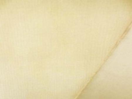 極細のコール天ストレッチ ベージュ 極細畝ですがシャツコールよりは 厚い生地です。 柔らかい風合いでよく伸びます 畝幅1mm