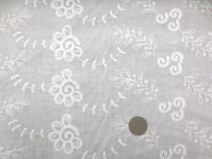 レース 生地 ローンレース エンブロイダリーレース 白 3 100cm巾 [LA451]