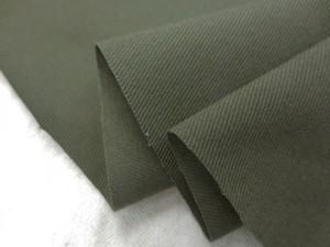 ストレッチ 生地 ツイルストレッチ  ダークカーキグリーン 135cm幅 [ST540]