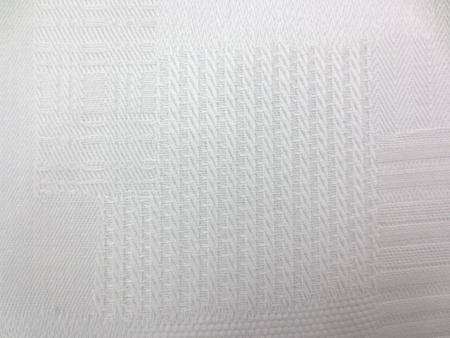 ジャガード 生地 オフ白  パッチ柄 155cm幅 [SK374]