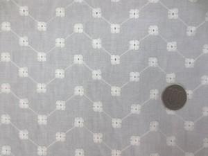 レース 生地 ローンレース エンブロイダリーレース オフ白 3 145cm巾 [LA483]