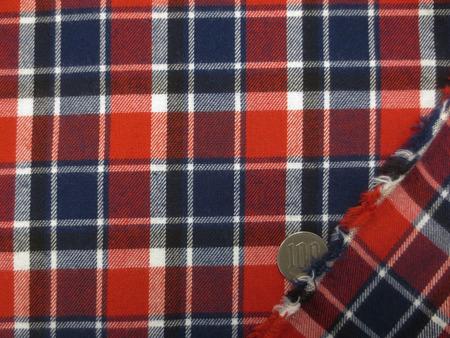 チェック 生地 ビエラ タータンチェック 赤 濃紺 白ライン 138cm幅 [FC894]