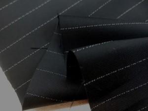 裏地 生地 ベンベルグ キュプラ ストライプ オフ白ライン/黒地 108cm幅 [UR589]