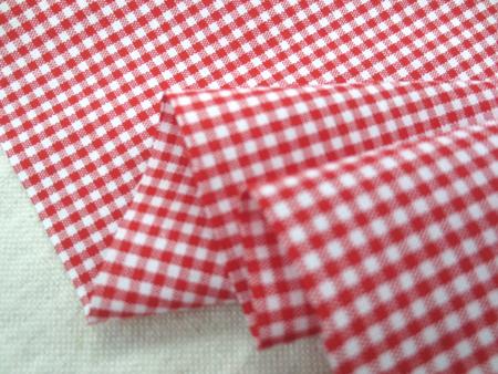 チェック 生地 ギンガムチェック 赤白 1.5mm赤/1.5mm白 [GC412]