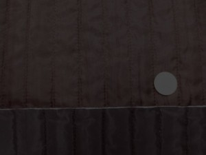 キルト 生地 ポリエステル タフタ ストライプキルティング 濃ブラウン/黒 リバーシブル 120cm幅 [QT117]